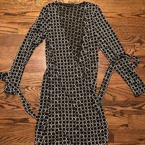 Limited Black V-Neck Line Dress